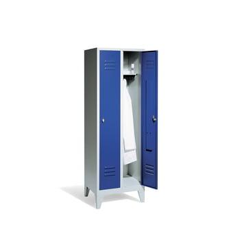 Stahl-Garderobenschrank, Umkleide, Spindschrank mit Füßen, 2 Abteile je 300 mm, Türfarbe enzianblau (RAL 5010), 1.850 x 610 x 500 mm (HxBxT)
