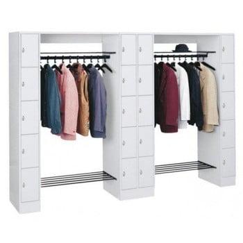 Garderobenanlage, Offene Garderobe mit Spindschrank, 20 Fächer, li./re/mitte, Farbe lichtgrau, Türfarbe resedagrün, 1.950 x 2.840 x 480 mm (HxBxT)