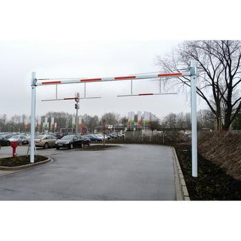 Starre Höhenbegrenzung für Parkplätze und Einfahrten, zum Aufdübeln, mit Reflexstreifen, maximale Durchfahrtshöhe 3.800 mm, Sperrbreite 8.000 mm online kaufen - Verwendung 4